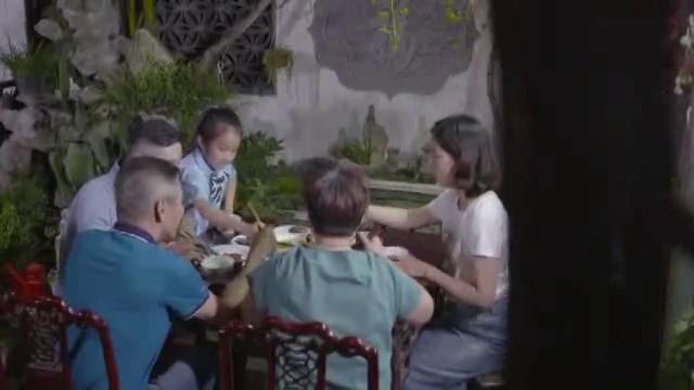 夹菜用公筷·新风